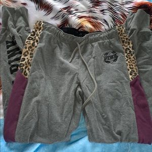 Adorable purple/cheetah print PINK sweatpants 💜